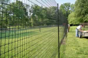 deer fencing is a very high strength lightweight 2m to 25m high deer fence from high strength bop plastic netting