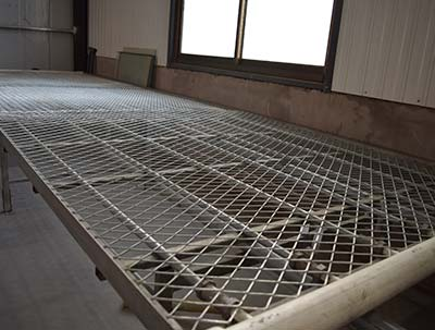 Expanded Metal Rolling Bench,greenhouse rolling benches