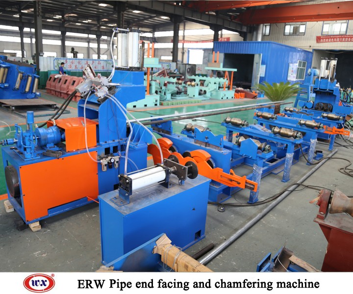 Pipe end facing and chamfering machine
